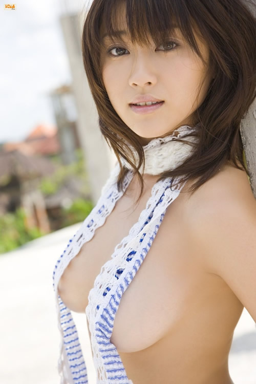 5 photos of Mikie Hara